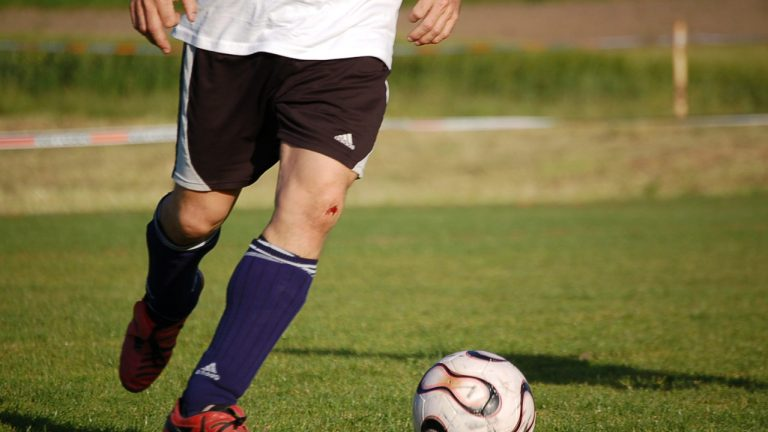 15 Famous Soccer Players Who Started Playing Late