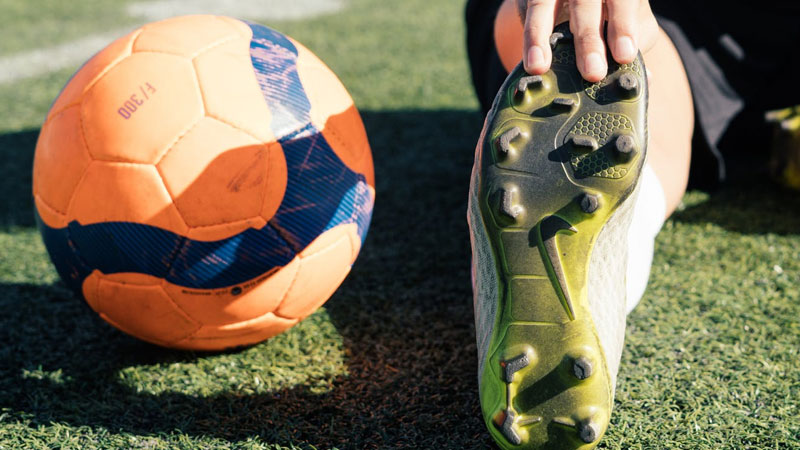 Are-Metal-Cleats-Allowed-In-Soccer